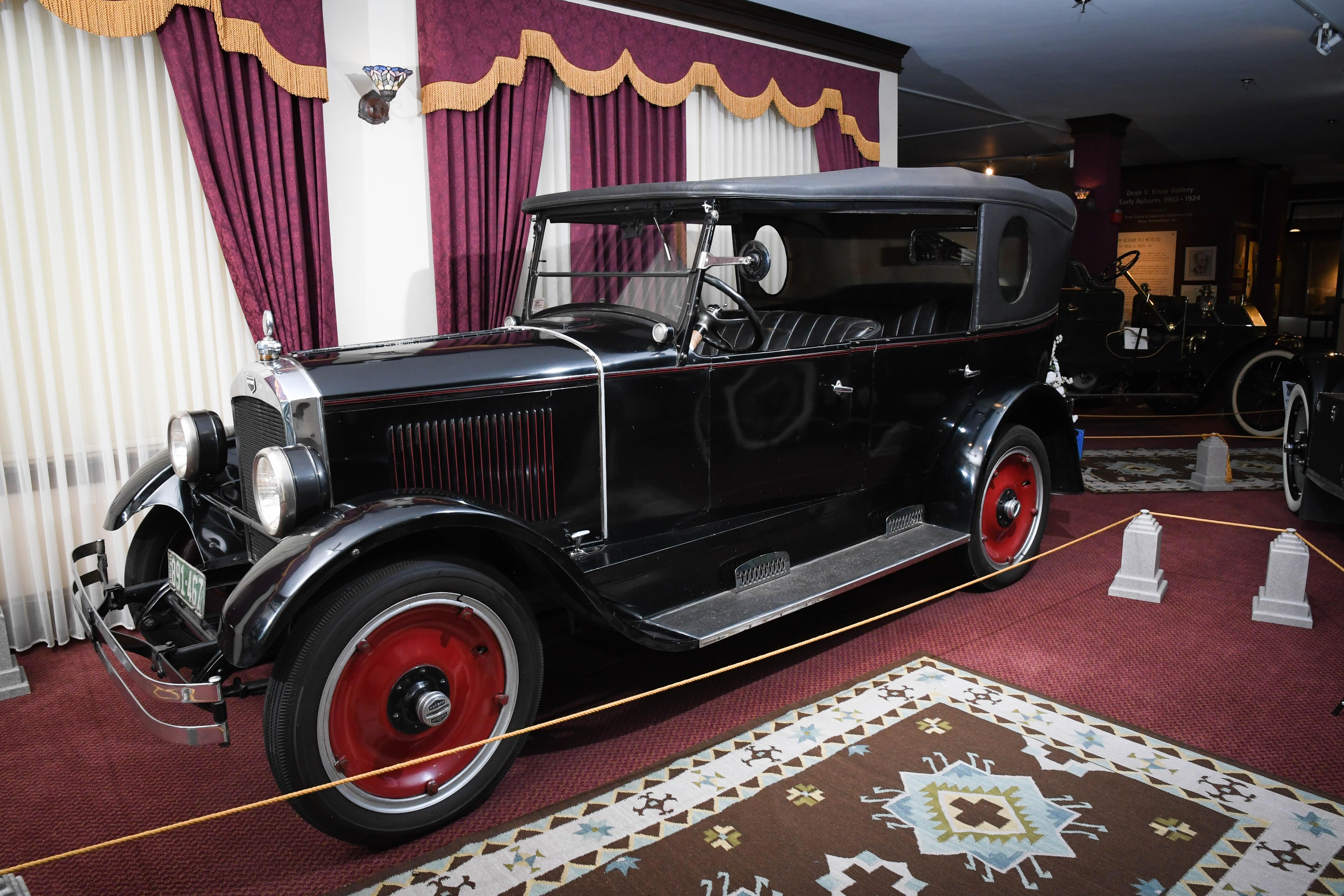 1924 Auburn 6-43
