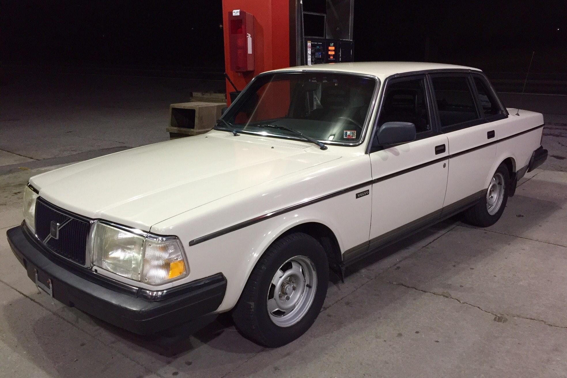1987 Volvo 244