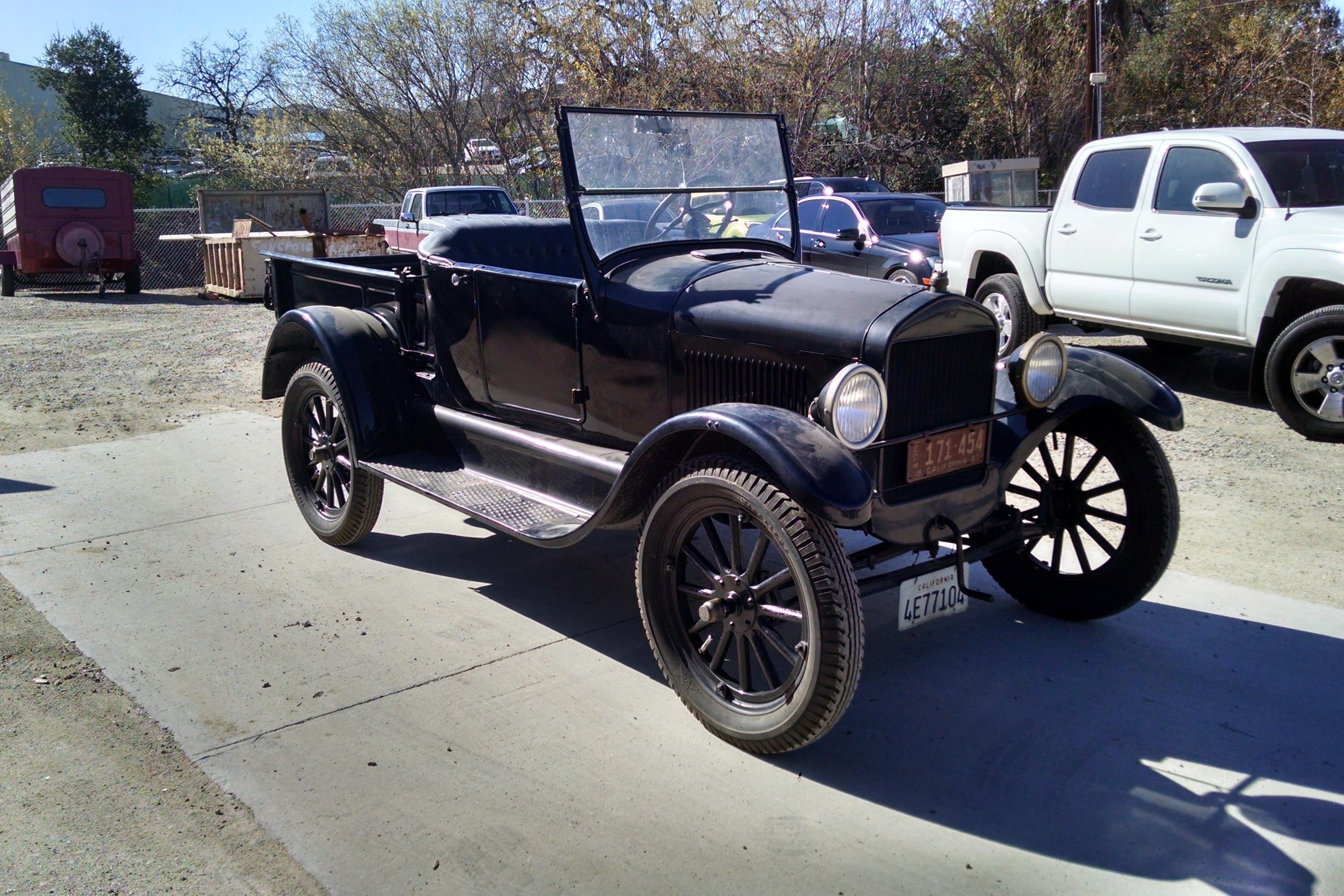 1927 Ford Model T (Truck)