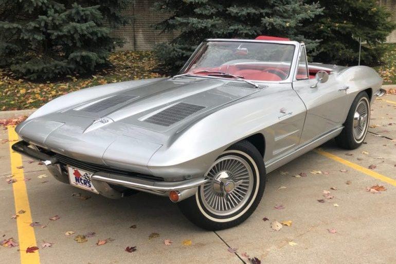 1963 Chevrolet Corvette L76