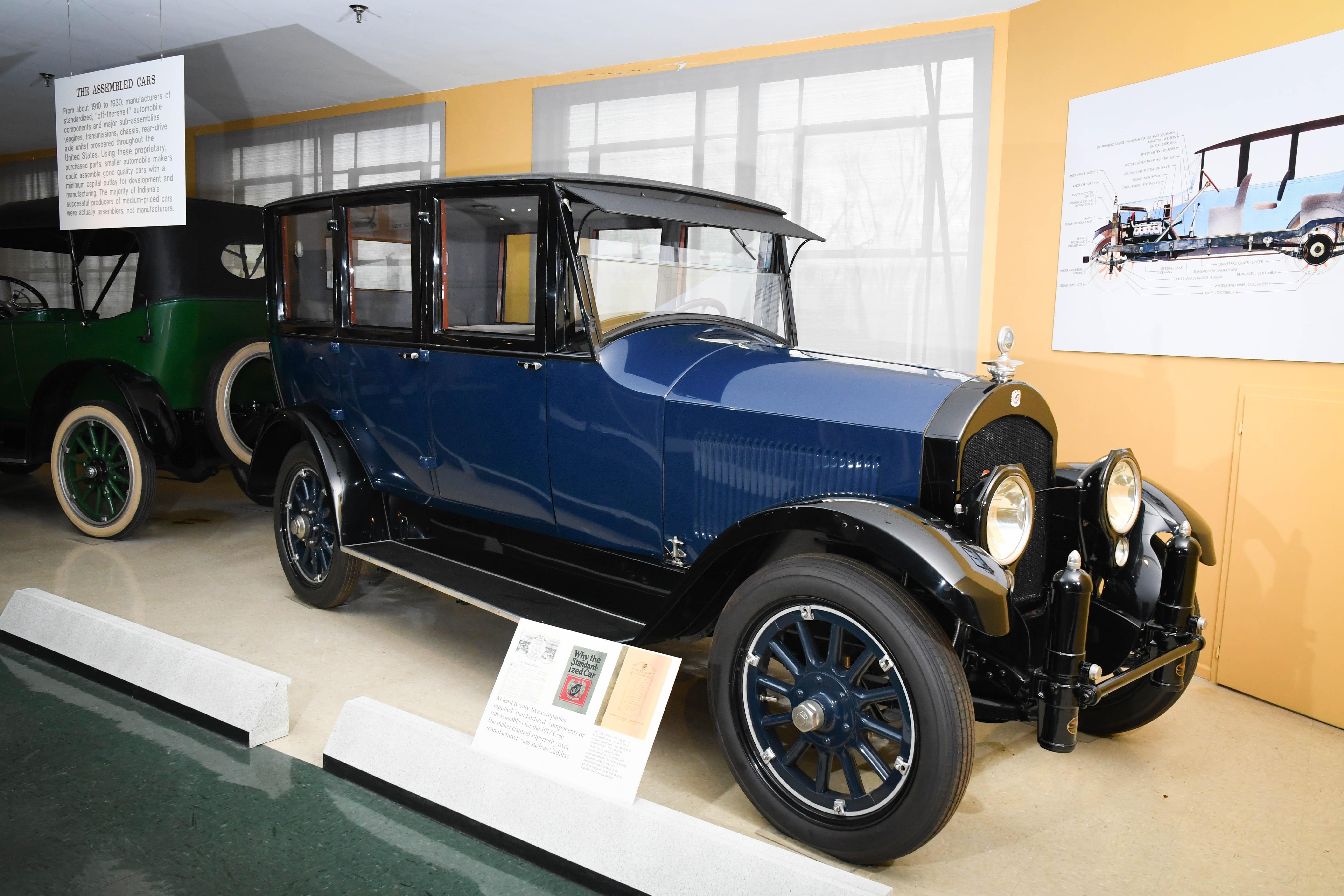 1919 Cole 885